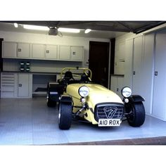What a fantastic garage complete with our Dura Genius cabinets. Looks great next to our customers Caterham 7, what a fantastic car.