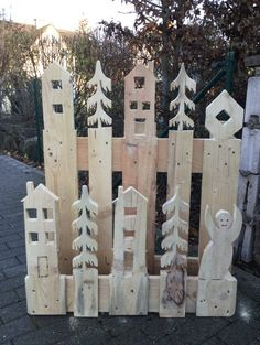 with a difference :-) No # furniture, but a too - upcycling deko Upcycled Home Decor, Upcycled Crafts, Diy Home Decor, Diy And Crafts, Pallets Garden, Christmas Wood, Christmas Lights, Christmas Decorations, Holiday Decor