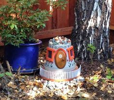 Recycle Reuse Renew Mother Earth Projects: How to Make a Clay Pot Lighthouse - Fairy House variation. Scroll down to find it. Pots D'argile, Clay Pots, Unique Gardens, Amazing Gardens, Garden Crafts, Garden Projects, Backyard Projects, Diy Projects, Clay Pot Lighthouse