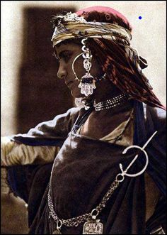 berber woman from Tunisia ' earring'