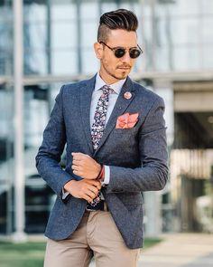 """2,438 """"Μου αρέσει!"""", 39 σχόλια - Sergio Ines (@whatmyboyfriendwore) στο Instagram: """"Business time in blue and burgundy! Sunglasses by @persol Blazer by @topman_sa Shirt by…"""""""