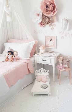 Inspiration from Instagram - Taryn @blessed_withmyloves Подписаться - pastel girls room ideas, pink and grey girls room design, girls kidsroom, kidsroom decor