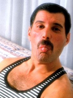 Freddie Mercury - como não amar?