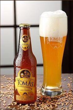 Cerveja Apóstol tipo Weizen, estilo German Weizen, produzida por Cervecería Inducerv, Colômbia. 5.3% ABV de álcool.
