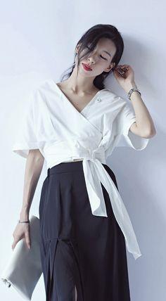 Minimalism short sleeves shirt collar white green tie-side cotton linen blend shirt