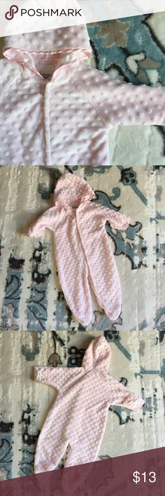 Baby Girls Minibamba Pink Polkadot Soft Minky 6M Very cute! Size 6M. Brand is Mini Bamba. If you have any questions please feel free to ask! Thank you! Mini Bamba One Pieces Footies