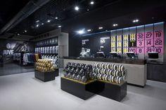 Juventus Store by Lisa Rambaldi