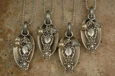 My mom has so many old silver spoons. They make beautiful pendants. Silver Spoon Jewelry, Fork Jewelry, Silverware Jewelry, Silver Spoons, Metal Jewelry, Beaded Jewelry, Vintage Jewelry, Handmade Jewelry, Cutlery