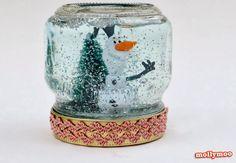 Globo de neve com pote de vidro