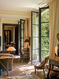 Stunning french country living room decor ideas (48)