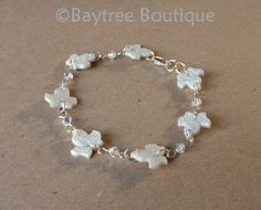 Polymer clay ivy leaf and Swarovski crystal bracelet by Baytree Boutique. Ideal for brides