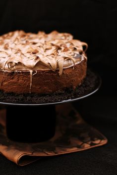 chocolate gingerbread cheesecake with italian meringue