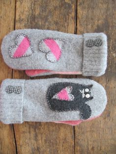 Crochet Mittens For Kids Old Sweater Ideas Sweater Mittens, Old Sweater, Crochet Mittens, Mittens Pattern, Alter Pullover, Sewing Crafts, Sewing Projects, Wool Felt, Felted Wool