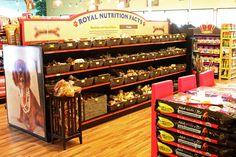 Royal Pets Market & Resort Store Art Direction & Design on Behance