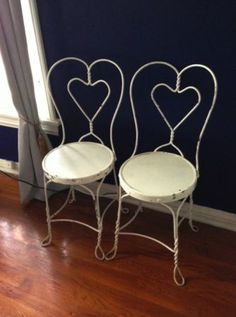 Los Angeles: 2 Shabby Chic Chairs as seen on 2 Broke Girls $60 - http://furnishlyst.com/listings/1192520