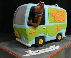 Mystery Machinne scooby doo med by Amanda Oakleaf Cakes, via Flickr