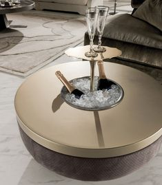 Coffee tables | Tables | Godwin | Longhi | Giuseppe Iasparra. Check it out on Architonic