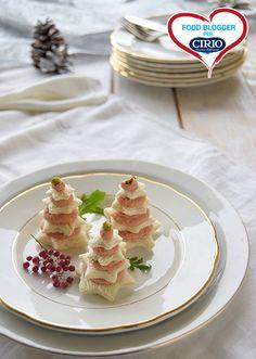 #Alberelli di #tartine natalizie | Cirio @27febo11  #foodblogger #pomodoro #ricetta #recipes #tomato #recipe #italianrecipe