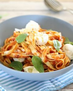 Low FODMAP Vegetarian Recipe and Gluten Free Recipe - Pasta with tomato sauce, mozzarella and basil  http://www.ibscuro.com/low_fodmap_vegetarian_recipe_pasta_tomato_sauce_mozzarella_basil.html