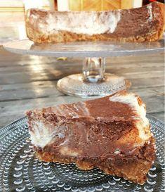 Paras paistettu tuplasuklaajuustokakku Food Inspiration, Tiramisu, Brownies, Sweet Tooth, French Toast, Cheesecake, Brunch, Baking, Breakfast