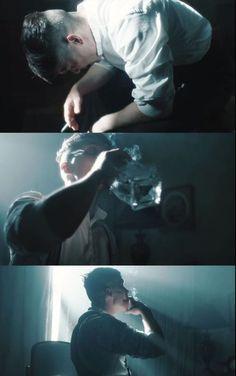 this is fucking art cinematography, Peaky Blinders - Peaky Blinders Poster, Peaky Blinders Wallpaper, Peaky Blinders Quotes, Peaky Blinders Tommy Shelby, Peaky Blinders Thomas, Cillian Murphy Peaky Blinders, Cinematic Photography, Film Photography, Cinematic Lighting