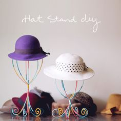 Need a place to hang your hats? Make your own colorful hat stands with just a few inexpensive supplies. Diy Hat Rack, Hat Hanger, Hat Racks, Make Your Own Hat, Hat Display, Display Ideas, Booth Ideas, Craft Fair Displays, Booth Displays