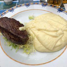 #orgieculinaire #çapartdelà #3jours #aligot #truffade #Aveyron ❤️❤️ Cheese Potatoes, Steak, Food, Cheesy Potatoes, Essen, Steaks, Meals, Yemek, Eten