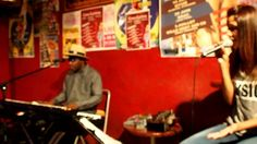 on vient de loin by COOL ZOUK ft Lyta en OPEN SUNDAY MUSIC CASA LATINA CASA LATINA 59 QUAI DES CHARTRONS 33300 BORDEAUX Infolines / 0557871580 CASA LATINA Tous les soirs un concert http://www.youtube.com/watch?v=B5mqVCFy8Xg