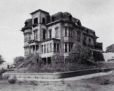 Abandoned mansion in South Dakota