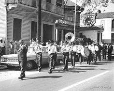 jazz funeral, new orleans - This is what I want!! Someone make a note that there will be a Jazz Funeral when I pass!