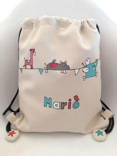 Mochila divertida para Mario #personalizados #pintadoamano #handmade #niños #kids #mochilas Baby Crib Sets, Baby Painting, Denim Handbags, Yarn Bag, Diy Buttons, Diy Tote Bag, Fabric Bags, Kids Prints, Kids Bags