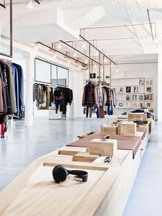 Retail Design | Store Interiors | Shop Design | Visual Merchandising | Retail Store Interior Design | K-MB Showroom