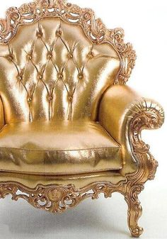 Gold chair, for the queen in all of us. Versace Home, Versace Versace, Gold Everything, Or Noir, Gold Aesthetic, Shades Of Gold, Touch Of Gold, Objet D'art, Take A Seat