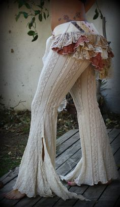 Circus Flying Gypsy Wedding Bustle by Wickedharem on Etsy - All The World Wedding Ideas Gypsy Style, Boho Gypsy, Hippie Style, Bohemian Style, Boho Chic, Mode Outfits, Fashion Outfits, Womens Fashion, Gypsy Outfits
