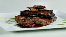 Κολοκάσι καπαμάς με αρνί και κουνουπίδι Steak, Food, Essen, Steaks, Meals, Yemek, Eten
