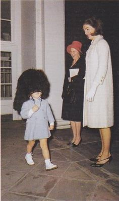 A rare photo of Queen Elizabeth laughing, thanks to Caroline Kennedy!