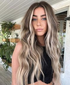 Unique Bronde Hair Color Ideas & Shades in 2019 to .- Einzigartige Bronde Haarfarbe Ideen & Shades im Jahr 2019 zu zeigen … nice unique bronde hair color ideas & shades to show in 2019 color - Blonde Hair Looks, Brown Blonde Hair, Blonde Wig, Brown Hair Blonde Highlights, Sandy Brown Hair, Front Highlights, Brown To Blonde Hair Before And After, Balayage Hair Brunette With Blonde, Natural Blonde Balayage