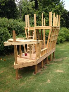 Backyard Fort, Kids Backyard Playground, Backyard For Kids, Backyard Landscaping, Kids Outside Playhouse, Playhouse Outdoor, Outdoor Play Structures, Play Structures For Kids, Diy Vegetable Storage