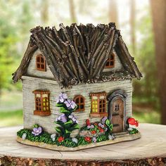 25 Cute DIY Fairy Furniture and Accessories For an Adorable Fairy Garden Solar Fairy House, Fairy Tree Houses, Fairy Garden Houses, Fairy Village, Gnome Garden, Miniature Fairy Gardens, Miniature Houses, Mini Fairy Garden, Fairy Gardening