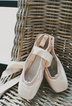 Pointe Shoes   photography by http://www.sarahmckenziephoto.com/