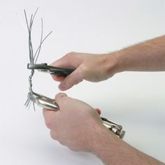 Wire Tree Tutorial. This would be a great idea for creating beaded trees.
