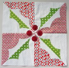 = free pattern =  Christmas holly block by Brioni Greenberg at flossyblossy