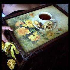 #гвоздевалена#гвоздеваленамк#ручнаяработа#ярмаркамастеров#имитационныетехники#handmade#decupag#decor... #yooying Coffee Tray, Decor, Decoration, Decorating, Deco