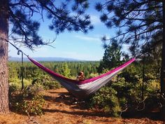Hanging around with my babe @serenazendejas in her new @hobohammocks  love at first swing (so in love that I even ordered one for myself today!)  #hobohammocks #oregon #centraloregon #oregonexplored #getoutside #hammocklife #inbend #tumalocreek by @allimacika