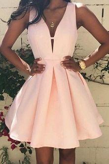 Kocham sukienki pastelowe *-* Zawsze były moją miłoscią ♥ A jakie sukienki są waszą miłoscią? :'')