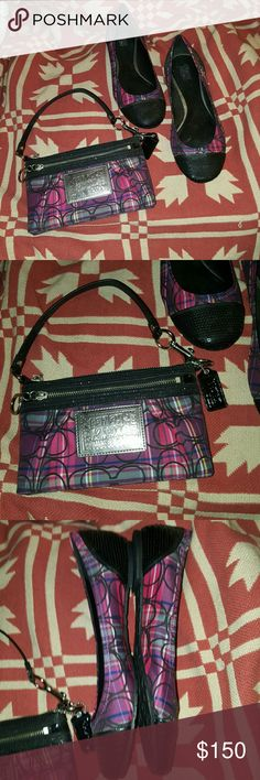 "Authentic Coach Poppy Tartan wristlet large Authentic Coach Poppy Tartan limited edition large wristlet. Material: plaids graphic with Lurex signature c logo. Zip top closure. One exterior zip front compartment. Patent leather strap and trim. Silver hardware. 15.5"" strap with dog leash clip can be worn on shoulder or as a wristlet. 8 inches long by 5 inches high. New without tags. Coach Bags Clutches & Wristlets"