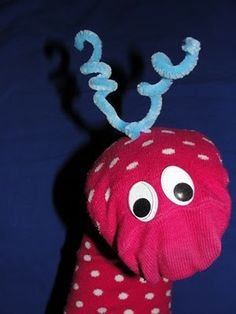 Sun Hats & Wellie Boots: Simple No Sew Sock Puppets