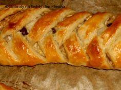 Recept Závin s cuketou a jablky - Naše Dobroty na každý den Bread, Food, Basket, Essen, Breads, Baking, Buns, Yemek, Meals