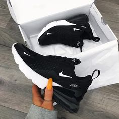 Nike Air Max 270 in black - one of the most popular sneakers this year! - Everything is here - Nike Air Max 270 in black – one of the most popular sneakers this year! Tenis Nike Air, Nike Air Shoes, Nike Shoes Outfits, Cute Nike Shoes, Nike Clothes, Nike Tennis Shoes, Cute Outfits With Nikes, Good Shoes, Sports Shoes