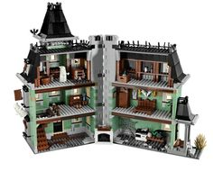 Lego haunted house - opens so you can see the inside details